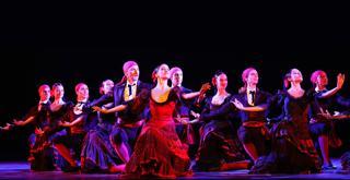 0H3A3725 ph Brescia e Amisano ©Teatro alla Scala DON CHISCIOTTE Alessandra Vassallo Mick Zeni e il corpo di ballo