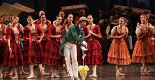 073 K65A4996 DON CHISCIOTTE al centro Riccardo Massimi ph Brescia e Amisano Teatro alla Scala