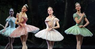 260 K65A5554 DON CHISCIOTTE Nicoletta Manni Antonella Albano Virna Toppi ph Brescia e Amisano Teatro alla Scala