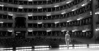 Nureyev alla Scala   Il Corsaro   1966   ph Erio Piccagliani Teatro alla Scala