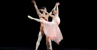 LA ROSE MALADE Maria Eichwald Mick Zeni   ph Brescia e Amisano Teatro alla Scala  054K61A4671 x