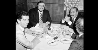 73 5665PIN con Massimo Bogianckino e Luciano Pavarotti 1972 ph Erio Piccagliani