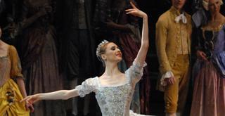 Svetlana Zakharova   la bella addormentata   ph Marco Brescia Teatro alla Scala  (2)