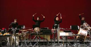 9 ott percussionisti 677386BADG  ph Brescia e Amisano © Teatro alla Scala