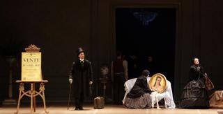 La Dame aux camélias  al centro Mick Zeni ph Brescia e Amisano Teatro alla Scala