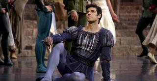 R Romeo e Giulietta   Roberto Bolle   ph Brescia e Amisano Teatro alla Scala 012 K61A2793