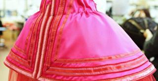 dettaglio di un costume di Maurizio Millenotti  ph Brescia e Amisano Teatro alla Scala K65A1287 x