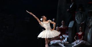 382 K61A9085 DON CHISCIOTTE Nicoletta Manni ph Brescia e Amisano Teatro alla Scala