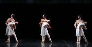 Adagio Hammerklavier   le prove in costume   ph Brescia e Amisano Teatro alla Scala (2)