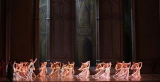 Il lago dei cigni   ph Brescia Amisano Teatro alla Scala