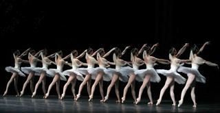 LA BAYADERE   repertorio  vers Makarova   ph Marco Brescia Teatro alla Scala (1)   Copia