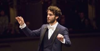 Lorenzo Viotti 671776BADG BADG  ph Brescia e Amisano © Teatro alla Scala
