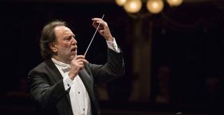 Riccardo Chailly 660383BADG ph Brescia e Amisano  © Teatro alla Scala