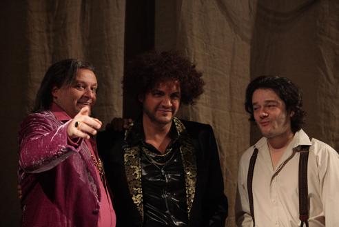 Les contes d'Hoffmann backstage